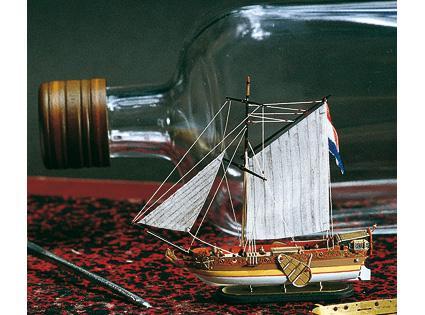 Сборная модель GOLDEN YACHT, корабль в бутылке, 1:300
