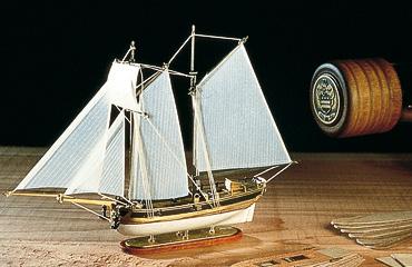 Сборная модель HANNAH, корабль в бутылке, 1:300
