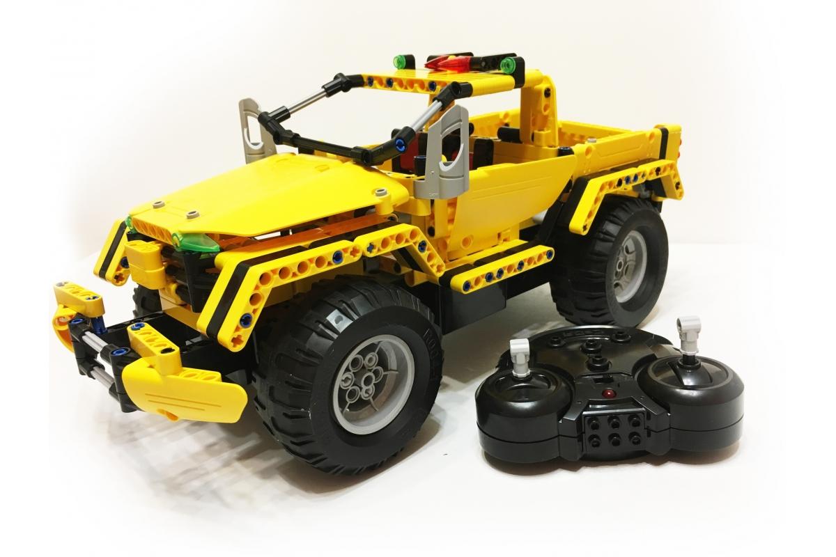 Конструктор-трансформер 45см CAdA TECHNIC C51003W